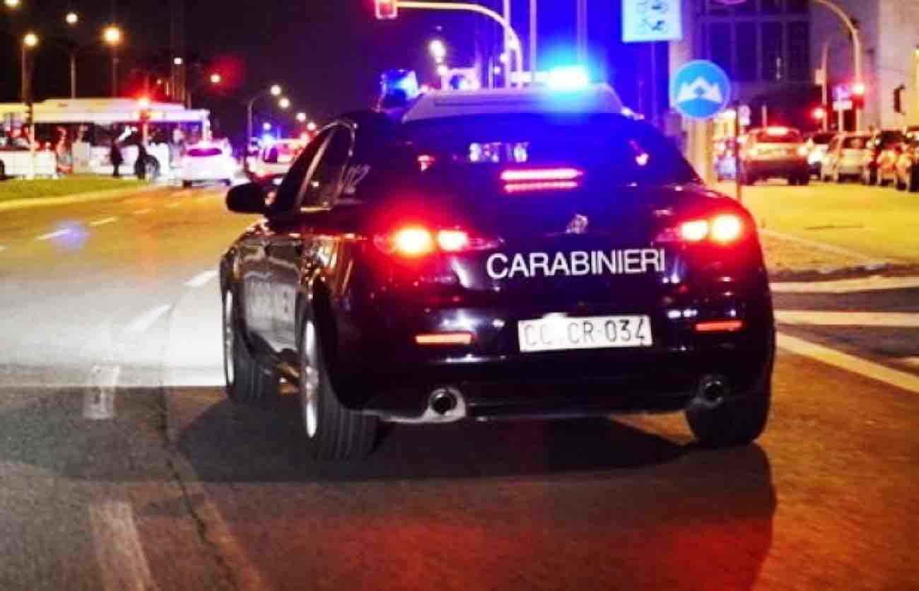 Controlli dei Carabinieri ad attività commerciali, trovate irregolarità e lavoro nero